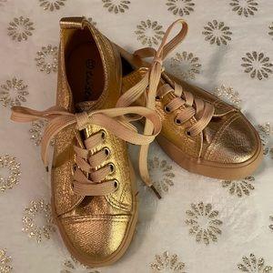 {NWOT} Twisted Jr Rose Gold Metallic Sneakers